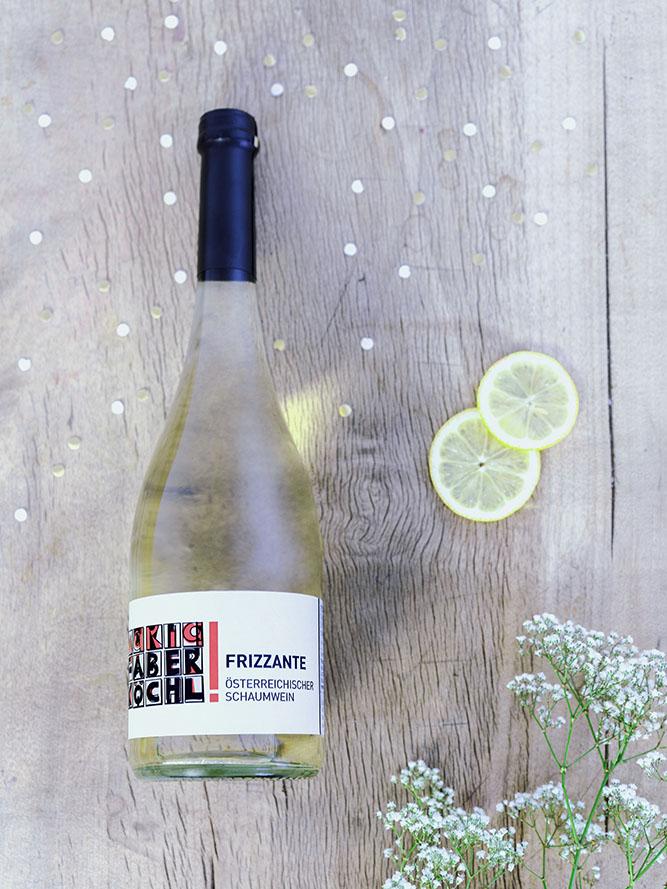 Eine Flasche Frizzante vom Weingut Faber-Köchl