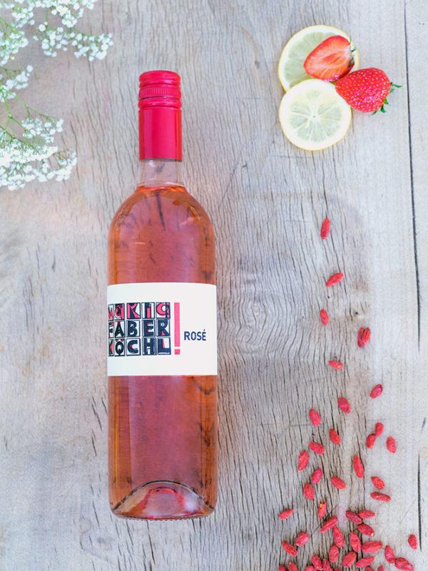 Eine Flasche Rosé vom Weingut Faber-Köchl