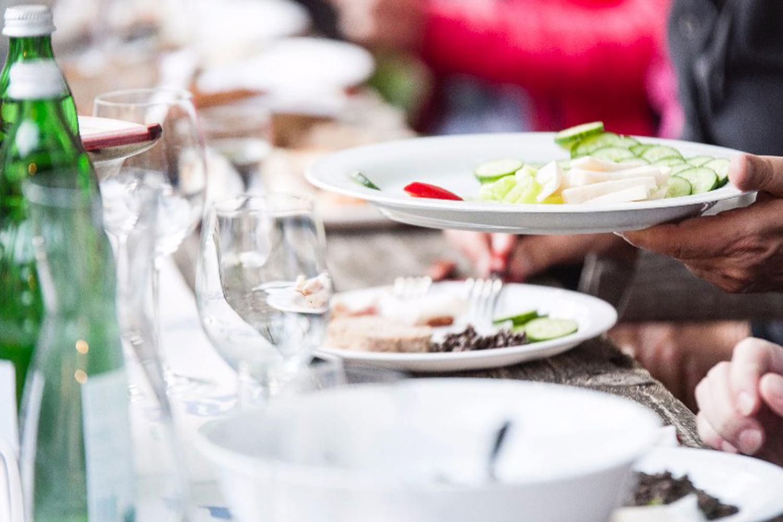 Speisen beim Summerwine - Buschenschank am Weingut Faber-Köchl